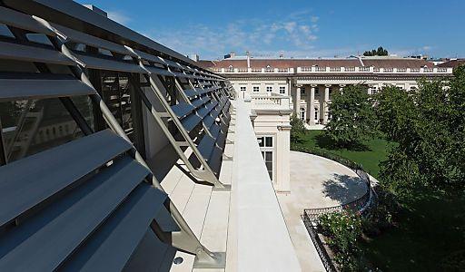 Neugestaltung des Palais Rasumofsky durch Johannes Baar-Baarenfels.