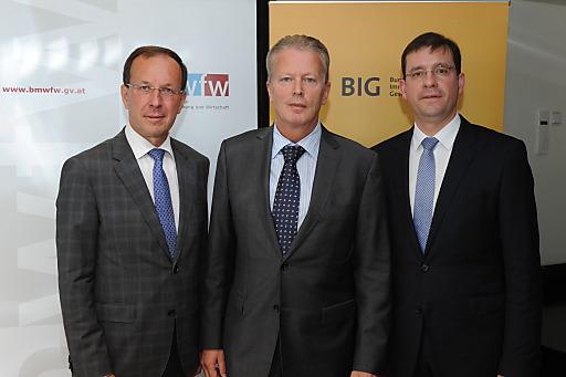 Pressekonferenz mit BM Reinhold Mitterleher