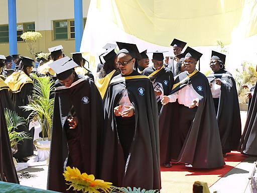 Abschlusszeremonie auf der Universidade Católica de Mocambique (UCM) in Pemba, Mosambik
