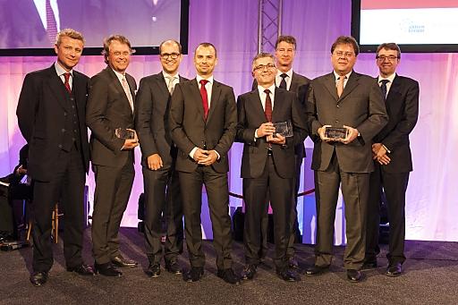 Im Bild v.l.n.r. - Wolfgang Nedomansky (APA-Finance), Hans Tschuden (Telekom Austria), Peter Schiefer (Telekom Austria), Peter Felsbach (voestalpine), Herbert Eibensteiner (voestalpine), Michael Mauritz (Erste Group), Gernot Mittendorfer (Erste Group), Harald Hagenauer (C.I.R.A.)