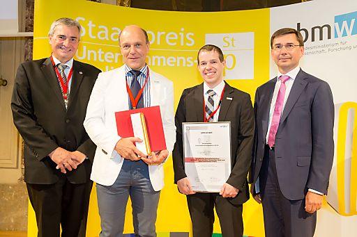Staatspreis Unternehmensqualität 2014 geht an GGZ, v.l.n.r.: Konrad Scheiber, CEO Quality Austria; Gerd Hartinger, GF GGZ; Martin Orehovec, Qualitäts- und Projektmanagement GGZ; MR Martin Janda, Wirtschaftsministerium.