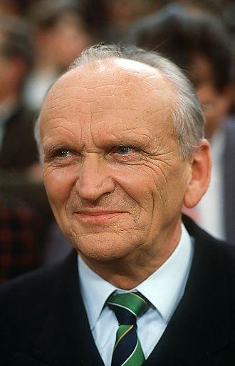 [Modellfreigabe auf Anfrage].[Keine Werbefreigabe].Dr. Richard Piaty, .Graz, Steiermark, Oesterreich, Europa, .1993/01/20