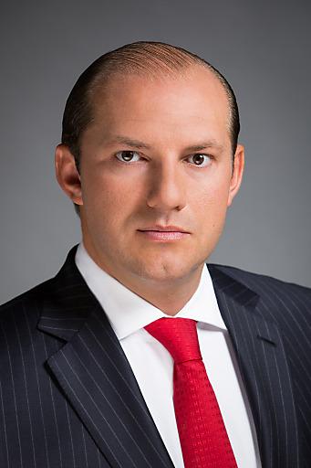 SG & CO: Portraitfoto CEO Stefan Gruze