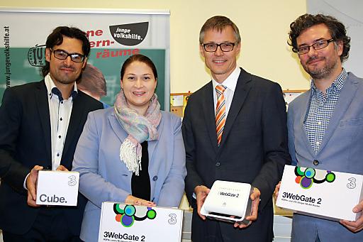 2Hilft stattete das Flüchtlingsquartier Geigergasse der Volkshilfe Wien kostenlos mit mobilem Internet und 3Mobile TV aus