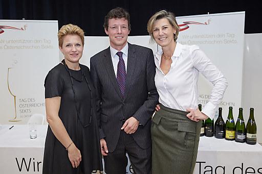 Steirereck-Patronin Birgit Reitbauer und Opernball Organisatorin Desirée Treichl-Stürgkh freuten sich über den Ausgang des Länderwettkampfes ebenso wie der Geschäftsführer des Österreichischen Weinkomitees Mag. Benedikt Zacherl