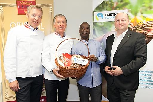 http://www.apa-fotoservice.at/galerie/6035/ Im Bild v.l.n.r.: Andreas Heindl (GF Heindl GesmbH), Walter Heindl (GF Heindl GesmbH), Fortin Bley (Vorstandsvorsitzender Kakaokooperative CANN/Elfenbeinküste), Hartwig Kirner (GF Fairtrade Österreich)