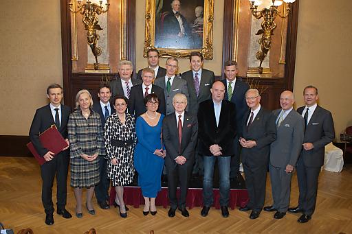 Die Preisträger der Wilhelm Exner Medaille und der SpitzenunternhemerInnen 2014 im Österreichischen Gewerbeverein
