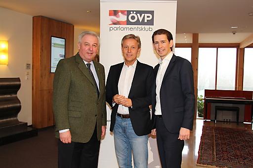 LH-Stv. Hermann Schützenhöfer, KO Lopatka und BM Sebastian Kurz bei der ÖVP-Klubklausur in der Steiermark