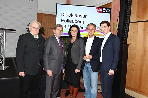 ORF-Journalist Christian Wehrschütz, EU-Kommissar Johannes Hahn, MEP Elisabeth Köstinger, KO Reinhold Lopatka und BM Sebastian Kurz bei der ÖVP-Klubklausur in der Steiermark