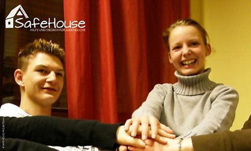 Aviso FH Kärnten: Benefizveranstaltung SAFE HOUSE - Hilfe und Obdach für Jugendliche