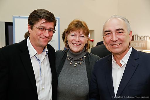 Im Bild v.l.n.r.: Oswald Greil, Gabriele Stanek, Germanos Athanasiadis