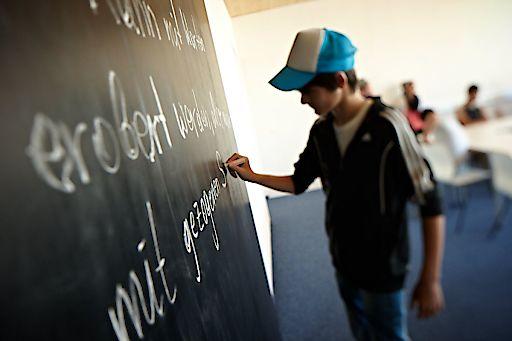 Integration statt Verwahrung: SOS-Kinderdorf betreut seit Jahren junge Flüchtlinge – etwa im Clearinghouse in Salzburg. Credit: SOS-Kinderdorf/Hechenberger