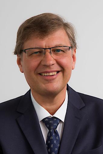 DI Dr. Christian Gierlinger, Geschäftsführer der PremiQaMed Privatkliniken GmbH