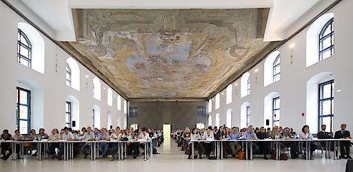 Update Refresher Vortragssaal in der Aula der Wissenschaften Wien.