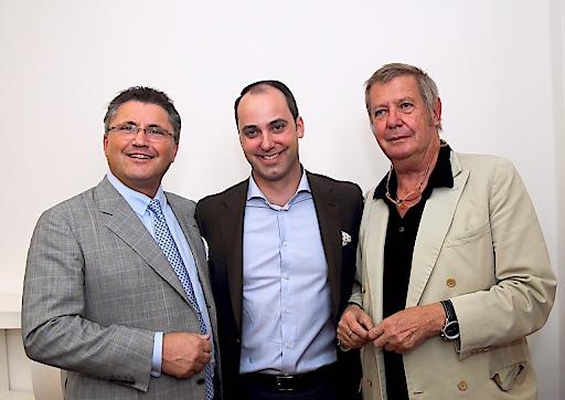 Stararchitekt Wolf D Prix zählte gemeinsam mit PORR-CEO Karl-Heinz Strauss zu den Gästen von PEMA-Eigentümer Markus Schafferer bei der Eröffnung seines Wien- Büros. Die PEMA kaufte Ende 2014 den PORR-Tower in Wien.