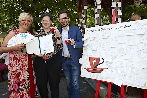"""Bachmann Preisträgerin zu Besuch im Julius Meinl """"Poesie Café"""""""