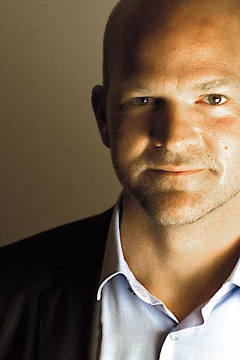 Portrait von Michael Zimper - Geschäftsführer des Kommunal Verlags