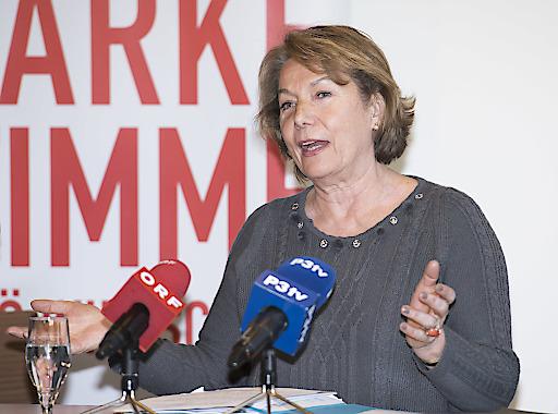 Wirtschaftskammer NÖ-Präsidentin Sonja Zwazl setzt auf eine Fortführung der Erfolgsgeschichte Handwerkerbonus für das Jahr 2016 und darüber hinaus.