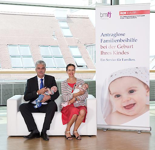 Familienministerin Karmasin und Finanzminister Schelling zu Steuerreform und Erhöhung der Familienbeihilfe