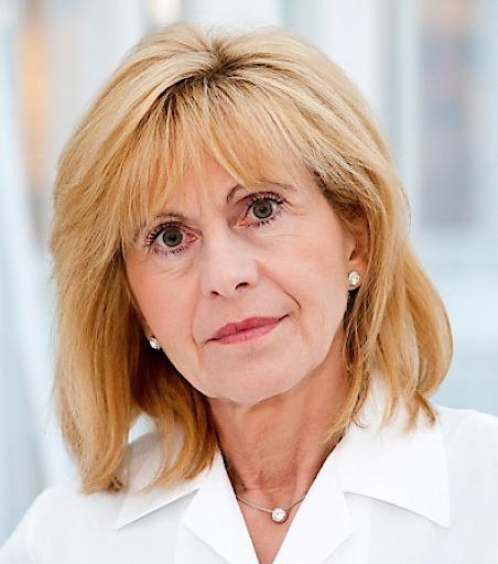 Prof. Dr. Ruth Ladenstein, MBA, cPM -Projektkoordinatorin ENCCA - Das europäische Netzwerk für Krebsforschung bei Kindern und Jugendlichen zeigt Einfluss auf Richtlinien in der Politik