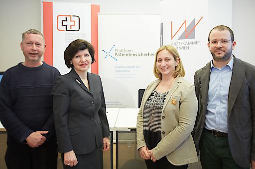 http://www.apa-fotoservice.at/galerie/7584 Im Bild v.l.n.r. Univ. Prof. Dr. Thomas Wenzel (MUW), DGKS Ursula Frohner (ÖGKV), Dr. Maria Kletecka-Pulker (Plattform Patientensicherheit) und Dr. Thomas Wochele-Thoma (Caritas Wien)