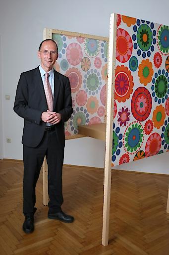 Politikwissenschafter Peter Filzmaier sieht in den IKEA Wahlkabinen eine erfreuliche Entwicklung der Demokratie in Österreich.
