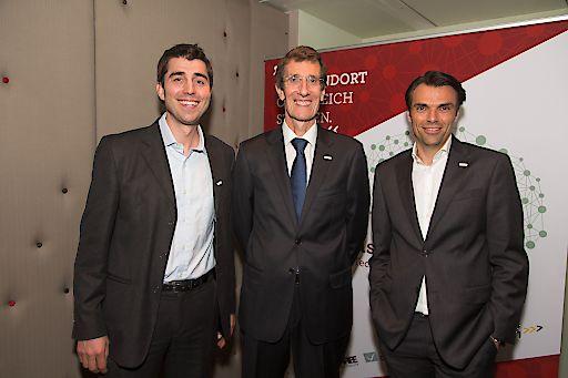 http://www.apa-fotoservice.at/galerie/7699 Im Bild v.l.n.r.: Joe Pichlmayr (CEO IKARUS Security Software), Wolfgang Horak (Geschäftsführer ICT Austria), Mag. Jochen Borenich, MBA, Präsident ICT Austria und COO bei Kapsch BusinessCom