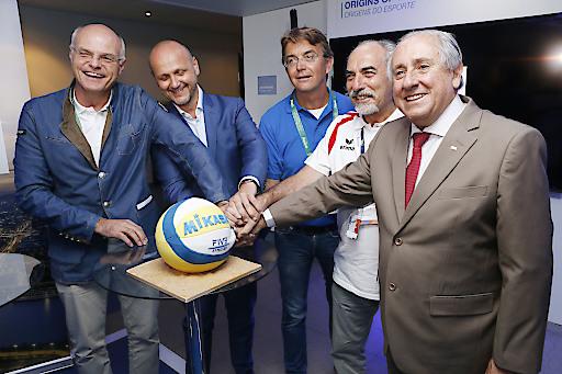 Die FIVB Beach Volleyball Weltmeisterschaften 2017 finden in Wien statt.