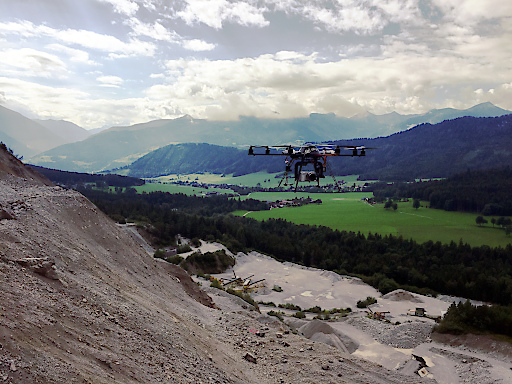 Der Flugroboter von Skyability im Einsatz