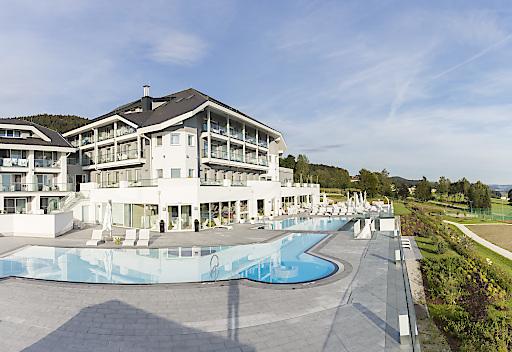 Das 4*S Familienhotel AIGO liegt auf der Sonnenterrasse über Aigen-Schlägl.