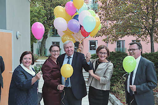 Beim Festakt zum 70-Jährigen Bestehen ließen die Festgäste 70 Luftballone steigen.