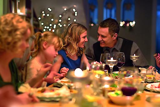 Die meisten Österreicher besinnen sich zu Weihnachten auf die Zeit mit ihren Liebsten