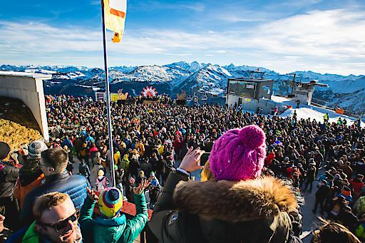 Tausende Gäste sorgen für perfekte Stimmung beim Rave on Snow 2016