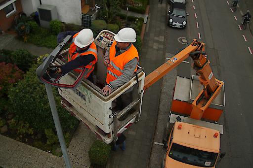 Die Kombination von LED-Leuchten mit dem Philips CityTouch-Lichtmanagementsystem ermöglicht der deutschen Stadt Bergisch Gladbach Energie- und Betriebskosteneinsparungen, bedarfsgerechte Lichtsteuerung und trägt zum Werterhalt der Anlage bei.