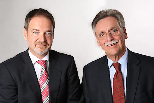 Ing. Alexander Marik links, Herbert Kejda rechts.