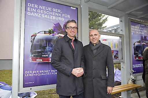 Der Vorstandssprecher der Salzburg AG, Leonard Schitter sowie der EPAMEDIA, Head of Regional Sales, Thomas Frauenschuh freuen sich über die gelungene Kampagne.