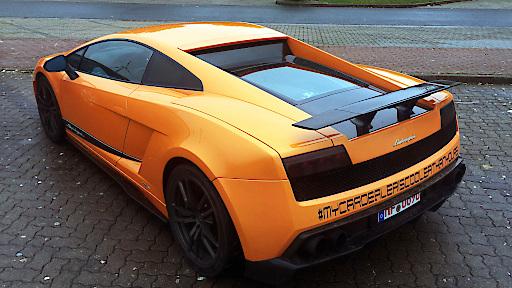"""GRIP-Testfahrer Matthias Malmedie fährt exklusiv einen der krassesten Lamborghinis der Welt. """"GRIP - Das Motormagazin"""" am 29. Januar um 18:00 Uhr bei RTL II"""