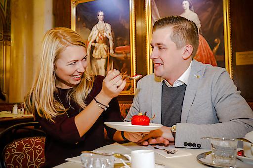 Verliebt in Cherry Valentine Cafe Central im Palais Ferstel Wien © Cafe Central Wien