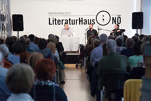 Christoph Mauz, Antonio Fian & klezmer reloaded im Literaturhaus Nö