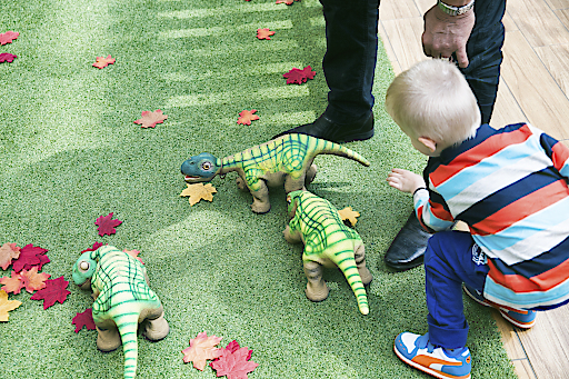 hyper-realistische Roboter-Dinosaurier