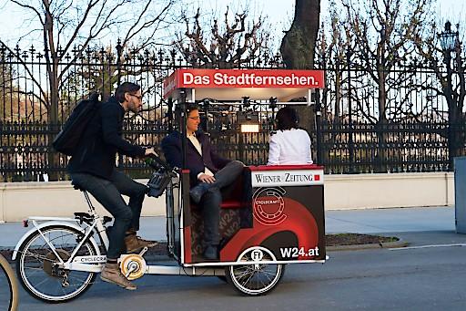 Das W24-TV-Radl im Einsatz