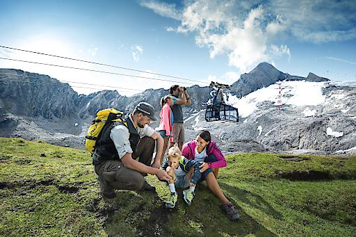 NEU ab Sommer 2017: Kitzsteinhorn Explorer Tour Mit einem Nationalpark Ranger an nur einem Tag vier Klimazonen erkunden: vom 911 Meter im Tal bis ins ewige Eis auf 3.000 Metern