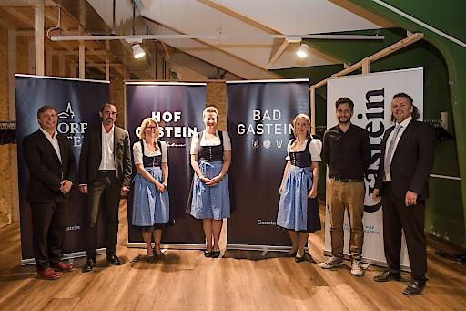 Im Bild v.l.n.r.: Martin Schobert (Moderator), Gernot Leonhartsberger (GF Moodley), Alexandra Portenkirchner (GF TVB Dorfgastein), Eva Irnberger (GF TVB Bad Hofgastein), Doris Höhenwarter (GF TVB Bad Gastein), Wolfgang Niederl (Moodley), Franz Naturner (GF Gasteinertal Tourismus GmbH)