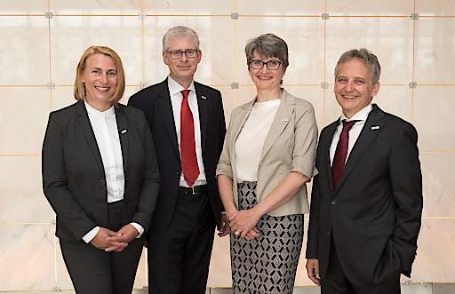 Das neue Rektoratsteam der Vetmeduni Vienna. V.l.n.r.: Sybille Kneissl, Otto Doblhoff-Dier, Petra Winter, Christian Mathes. (Foto: Doris Kucera)