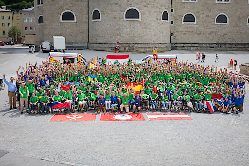 Internationales Malteser Camp 2017 - Gruppenfoto am Domplatz