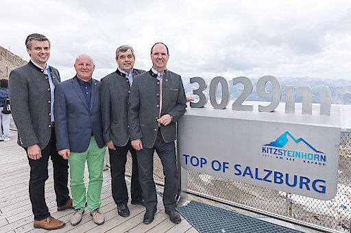 Auf der Panorama Plattform TOP OF SALZBURG, auf 3.029 Metern, wurde die Übernahme der EuroNet Reisebüro GmbH durch die Gletscherbahnen Kaprun AG besiegelt.