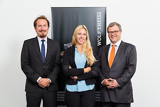 Walter Pöschl, Counsel, Praxisgruppe Arbeitsrecht Anja Greiner, Senior Associate, Praxisgruppe IP/IT Georg Kresbach, Partner, Leiter IP/IT