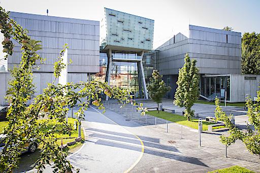 FH Salzburg (Im Bild der Campus Urstein)