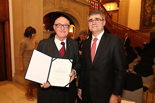 Dr. Günter Geyer, Vorstandsvorsitzender des Wiener Städtischen Versicherungsvereins, erhält hohe Auszeichnung der Slowakei