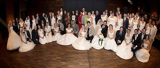 Jede Menge Brautpaare